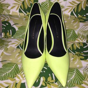 c7eccb91b05 Zara Shoes - NWOT Neon Green ZARA HEELS